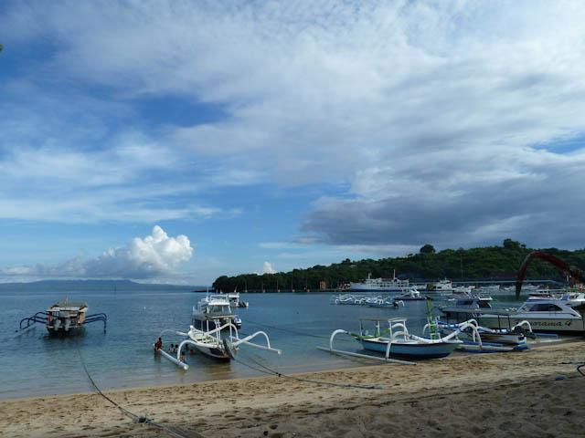 Schöner Strand auf Bali